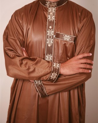 Essential-Embroidered-Jubba